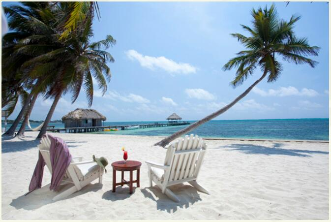 Belize - Rainforest, Mayan remains and coral reefs